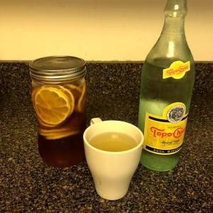 自家製はちみつレモンを炭酸水で割った飲み物がめちゃくちゃおいしい!