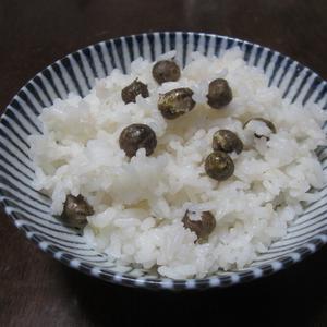 自然薯を栽培して「ムカゴご飯」にしました