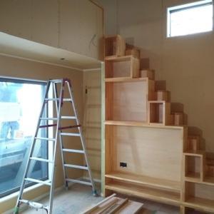 造作のおしゃれロフト階段が完成しました!!