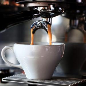 エスプレッソとコーヒーは何が違う?2つの違いと魅力を紹介