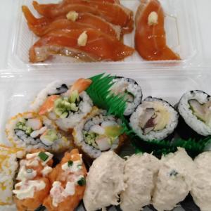 【回転寿司テイクアウト】トリトン・スシロー