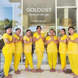 バリ島チャングーの純金を使うマッサージ店『Goldustスパ』