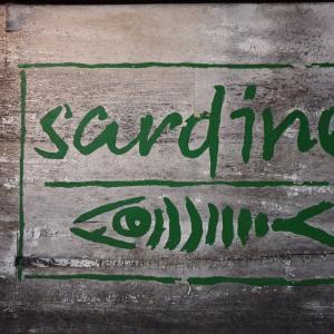 バリ島スミニャック海鮮料理人気店:Sardineレストラン[インスタ映え]