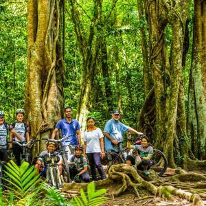 バリ島サヌール : サイクリングツアー