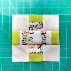 プラスキルトブロック3枚目を縫いました