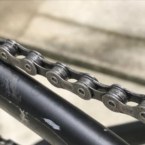 【もう黒く汚れない!】自転車用チェーンの正しい洗い方と注油方法