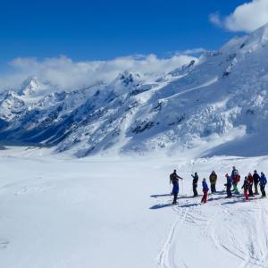 タスマン氷河スキーがキャンペーン中!