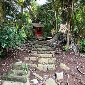 与利幾神社と茶釜稲荷神社