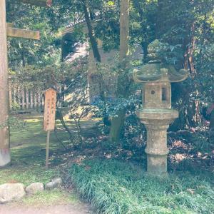 香取神宮に参拝しました 拝殿と境内社
