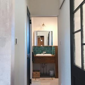 web内覧会 洗面所編 2畳と狭いのに収納たっぷり!クロスや床など選んだもの