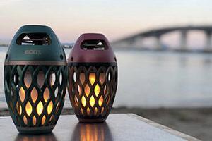 キャンプに適したランタン兼用Bluetoothスピーカー、「炎音」の限定色を販売