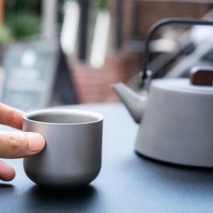 アウトドアでもOK。軽量で壊れない純チタン製茶器「Ekō」