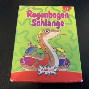 小さい子供の初カードゲームで「虹色の蛇」を遊んだこと