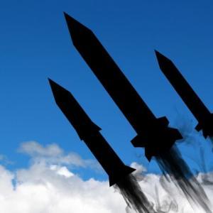 【#Twitterで話題】コロナパニック中にミサイル発射!?に対するTwitter民の反応は? #Twitterトレンド #飛しょう体 #北朝鮮 #ミサイル #コロナ