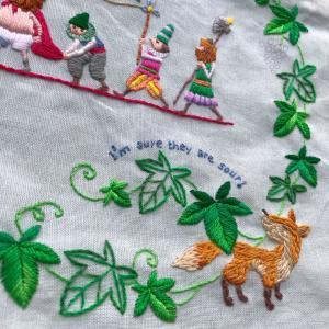 キツネとぶどうの刺繍