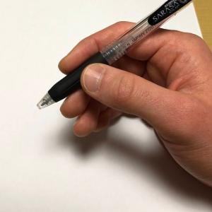どう持てば上手く書けるのか?安定性・運動性という視点から上手に線を引けるペンの持ち方を解説