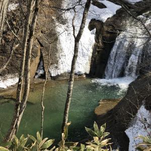 【恵庭渓谷】白扇の滝、ラルマナイの滝、三段の滝|恵庭三大滝名所の雄大な大自然に感動!