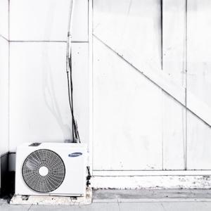 エアコンの「ドレン排水」を「サクッと誘導」する方法。【たったの5分】
