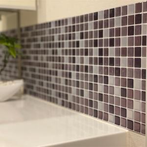 【30分リノベ】洗面所にモザイクタイルをはって、ちょっとレトロに。