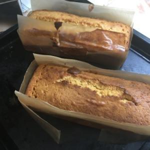 久しぶりにパウンドケーキ焼きました