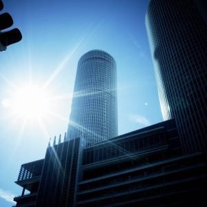 なぜRICOH GRは建物(ビルなど建築構造物)を撮影するのに最適な機種なのか