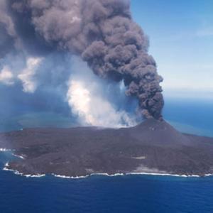 韓国・反応 世界で最も若い海底火山爆発...日本領海拡大「棚ぼた」