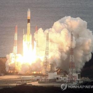 韓国・反応 日本、初データ中継衛星軌道進入...偵察衛星情報伝送