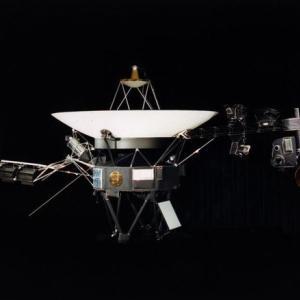 韓国・反応 170億km外「宇宙迷子」となったボイジャー2号、11ヶ月ぶりに交信再開
