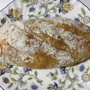 フランスパンとくるみ食パン