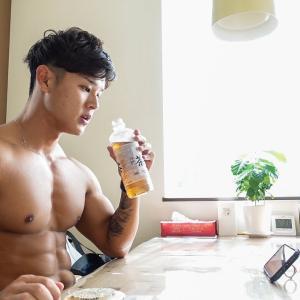 【Youtube紹介】朝起きてから食事、トレーニングまで!減量中の1日の流れ〜 [筋トレ]