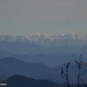 日本 文殊山からの南アルプス遠望