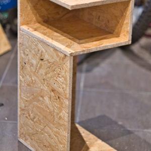 ベッドサイドテーブルの製作 Night stand