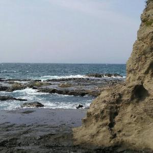 江ノ島は湘南モノレールから岩屋まで