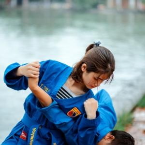 護身術を女性が習うときの種類と使える武器そして最強の護身術とは?