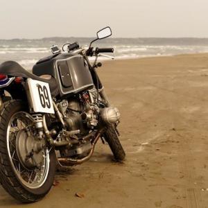 うおお!バイクが好きだ!~タマのBMW~
