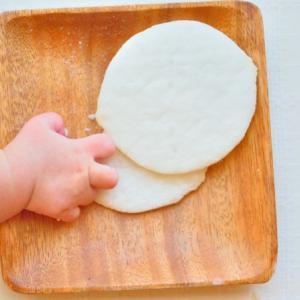 赤ちゃんのせんべいはいつから?与え始める時期と注意点について解説