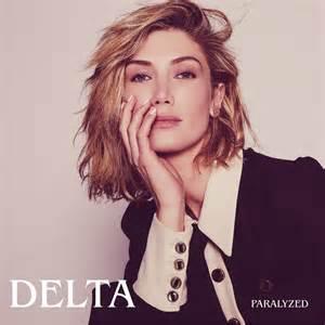 オーストラリアの国民的歌姫、Delta Goodremのニュー・シングル「Paralyzed」リリース!!
