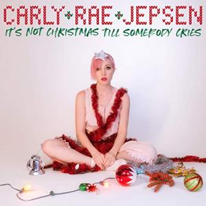 Carly Rae Jepsen(カーリー・レイ・ジェプセン)のクリスマス・ソング「It's Not Christmas Till Somebody Cries」MV公開!!