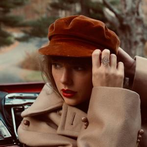 Taylor Swift(テイラー・スウィフト)、11月19日に再録音版『RED』リリースと発表!!