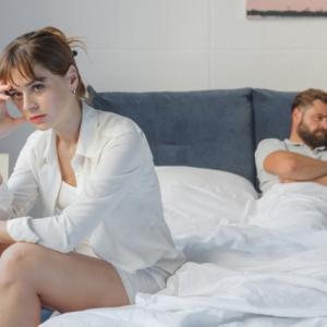 夫婦不仲の2人の間の壁を取り去る方法
