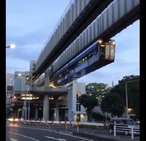 外国人「かっこいい!観光客の目を引くね」日本の街中で見られるとある光景に海外が驚き!