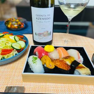 お寿司とワイン