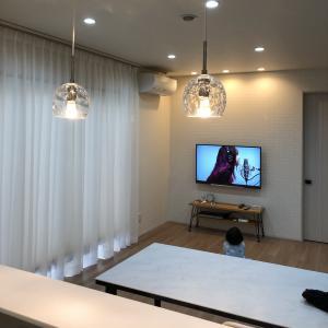 壁掛けテレビの設置とレコーダーを含む配線全般