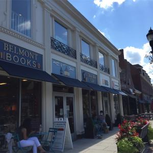 【Think local. Buy local】Belmont Bookstore