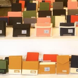 ベトナム発ブランド♪ホーチミン三区「Camelia Brand(カメリアブランド)」は撥水加工のシンプルな財布や小物がいっぱい!