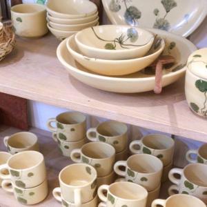 新シリーズは植物・ツボクサがモチーフ!ホーチミン旧二区「Tuhu Ceramics(トゥーフーセラミックス)」は素朴でオシャレなベトナム南部の陶器「ソンベ焼き」のお店