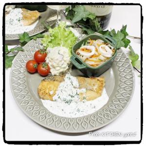 鮭のチーズソテー★レモン香るヨーグルトソースかげ♬とイカのマリネ
