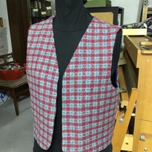 「服地」手織りと機械織りの違い 2