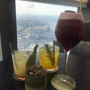 【Blank Lounge】ランドマーク81の展望台の料金不要でホーチミンの絶景が楽しめるカフェ