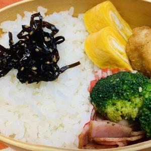 【2020/08/24】ちょっと涼しい夏の日のから揚げ弁当(¥111)